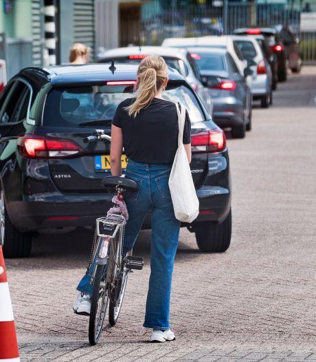 Nieuwe corona-teststraat in Overvecht: ook makkelijk toegankelijk voor voetgangers en fietsers
