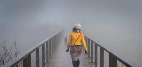 Alleen vroeg in de ochtend niet, op die brug, een paar minuten