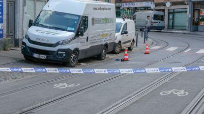 Na ongeval met 14-jarig meisje: gevaarlijk kruispunt in Schaarbeek krijgt nieuwe wegmarkeringen