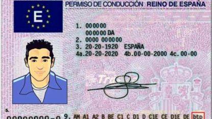 Bestuurder met vals Spaans rijbewijs loopt tegen de lamp