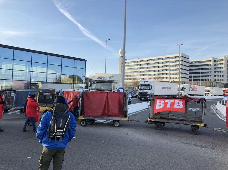 Stakers blokkeerden vrachtluchthaven Brucargo zes uur lang.