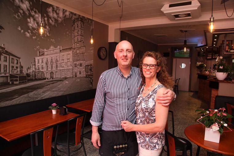 Jan en Laetitia runnen sinds deze week café 't Belfort.