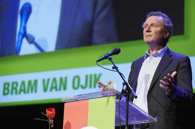 Fractieleider Bram van Ojik spreekt tijdens het partijcongres van GroenLinks. Beeld anp