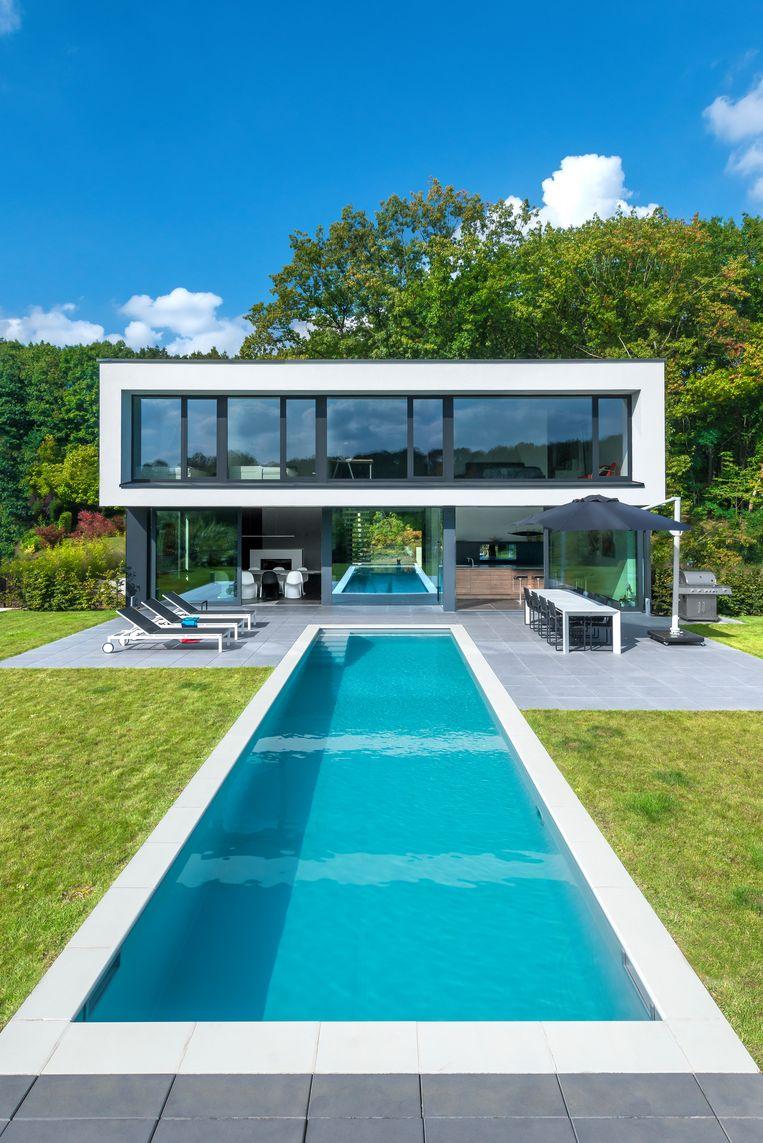 Ook de orderboekjes voor komende zomer zijn al goedgevuld. Verwacht wordt dat meer dan 3.000 Belgen dit jaar een zwembad laten aanleggen.