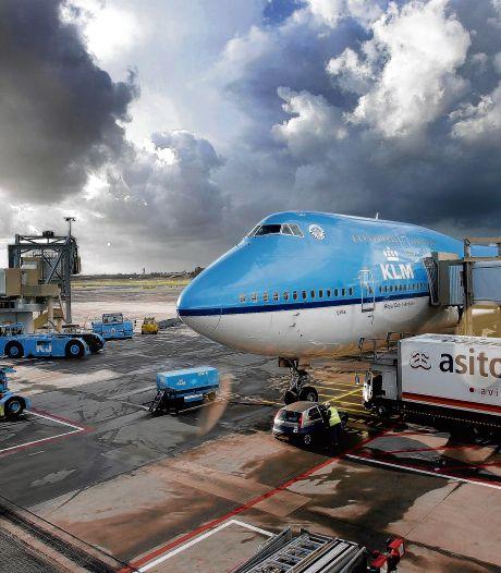 Vliegtuigspotters mogen laatste landing iconische Boeing 747 van KLM niet bekijken
