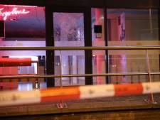 Man slaat met baksteen in op zonnestudio aan Betje Wolffstraat