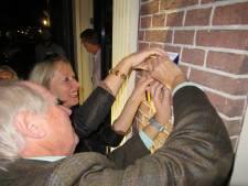 Doesburg heeft nu ook een eigen schildje voor rijksmonumenten