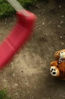 """Les parents """"ne veulent plus d'eux"""", les enfants abandonnés sur le trottoir"""