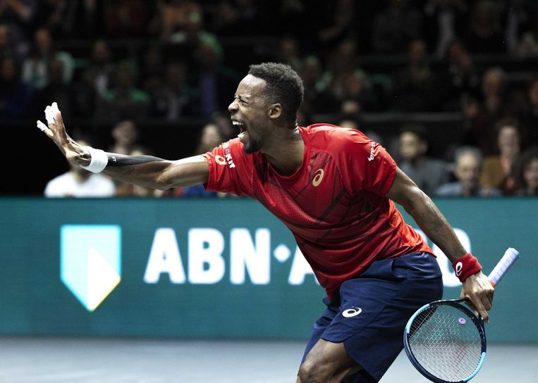 De Fransman Gael Monfils begin dit jaar op het ABN Amro-tennistoernooi in Rotterdam. Het evenement staat pas voor februari volgend jaar gepland, maar nu al moet er veel geregeld worden. Of de coronapandemie tegen die tijd zodanig onder controle is dat er publiek welkom is, blijft de grote vraag. Beeld EPA