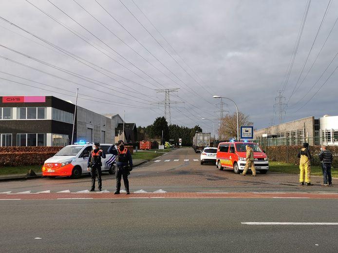 De politie sloot de ruime omgeving af na de ontploffing.