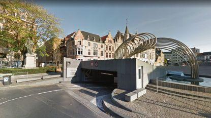 """Kortrijk past voorstel over maandelijkse autovrije zondag aan: """"parking Schouwburg wél bereikbaar"""""""