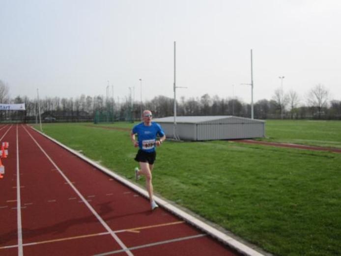 Al vroeg in de wedstrijd liep Koos Verwey, de latere winnaar, alleen aan kop. Foto John van der Horst