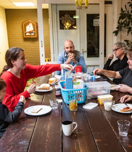 Buurthuizen sluiten de deuren: 'Toename problemen in wijk dreigt'