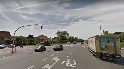 Vlaamse overheid grijpt in: kruispunt Gentpoort wordt veiliger voor fietsers