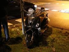 Scooterrijder gewond na aanrijding in Wierden