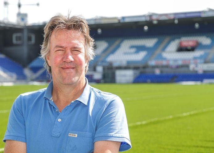 Trainer Wim van der Wal zag de PEC Vrouwen verliezen in Grosbeek.