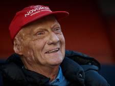 Mercedes-baas Wolff draagt zesde wereldtitel op aan Lauda