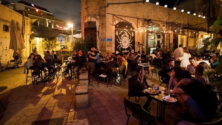 Buitenrestaurant Ramesses om twee uur 's nachts Beeld Vincent van den Hoogen