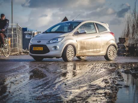 Bewoners Numansgors klagen over 'modderpoel'
