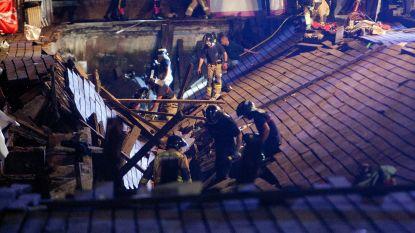 VIDEO. Meer dan 300 gewonden nadat steiger instort op festival in Spanje: honderden mensen vallen in het water
