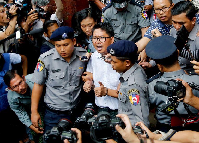 In Myanmar werden onder andere twee journalisten van Reuters veroordeeld tot zeven jaar cel.