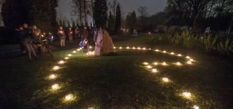 Lichtjesavond in Wierden, Rijssen en Enter om verloren dierbaren te herdenken