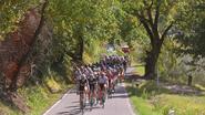Motortje in fiets ontdekt bij amateurkoers in Frankrijk
