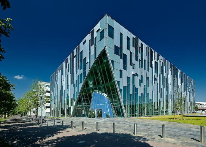 Het Hijmans van den Bergh-gebouw, waar hetzelfde type vloerplaten werd gebruikt als in de ingestorte Eindhovense parkeergarage.
