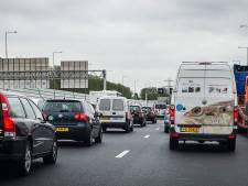 Glas op snelweg A1 leidt tot file tussen Twello en Bathmen