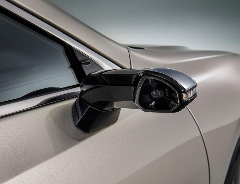 Nieuw Technologisch Snufje Voor Auto S Digitale Buitenspiegels