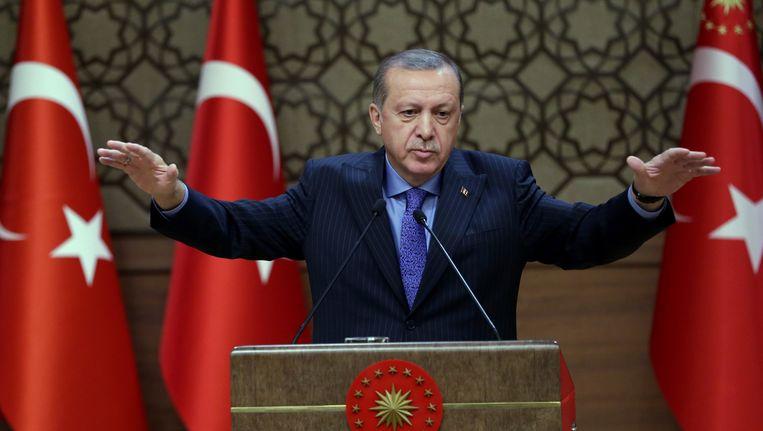 De Turkse president Erdogan tijdens een debat in Ankara, afgelopen woensdag. Beeld AP