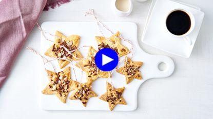 Kerstdiner met een twist: hang het dessert eens in de kerstboom