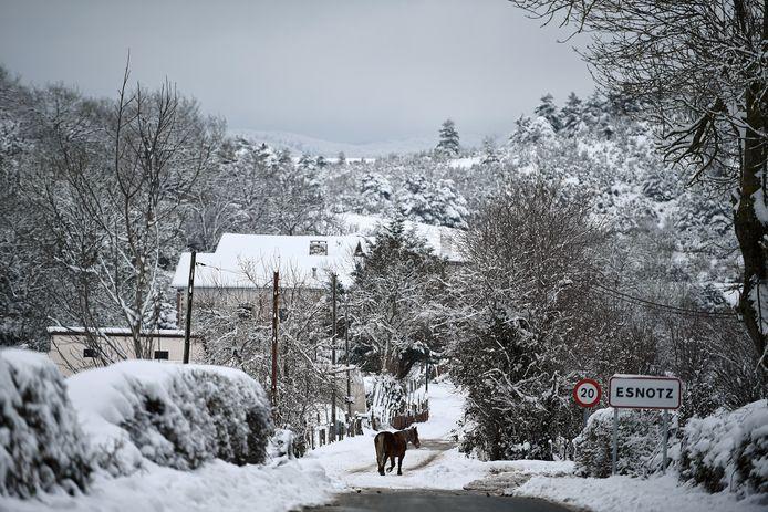 Le petit village pyrénéen d'Esnotz, dans le nord de l'Espagne.
