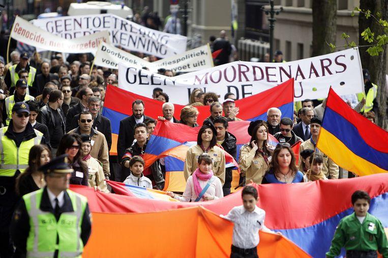 2008: Nederlandse Armeniers demonstreren in Den Haag om de slachtoffers van de Armeense genocide in 1915 te herdenken en de Nederlandse overheid aandacht te vragen voor hun eisen. Beeld anp