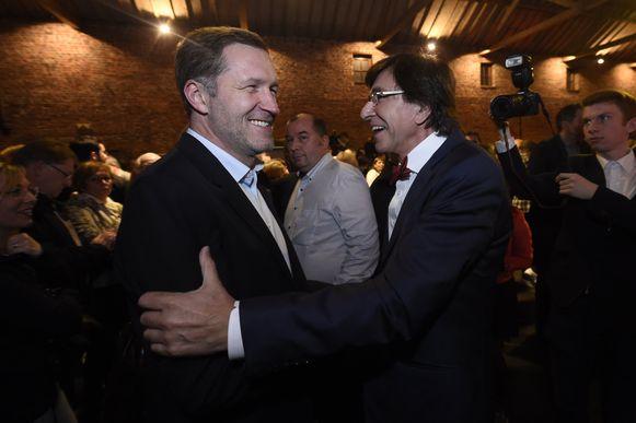 PS-voorzitter en voormalig informateur Paul Magnette en zijn voorganger Elio Di Rupo.