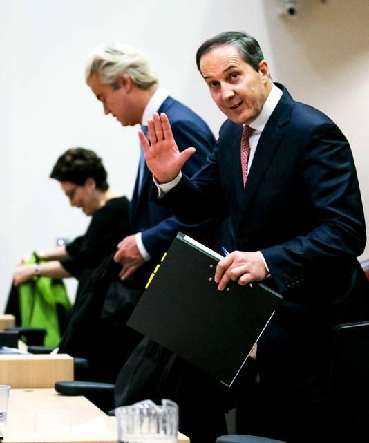 Advocaat Geert-Jan Knoops in de rechtbank