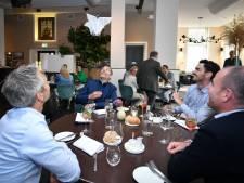 Restaurant in Almelo zet drones in voor bediening: 'Kijk, daar vliegt de ober met 't menu'