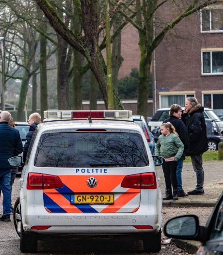 Voorarrest bommengooier Deventer verlengd: nog zeker drie maanden  in de cel