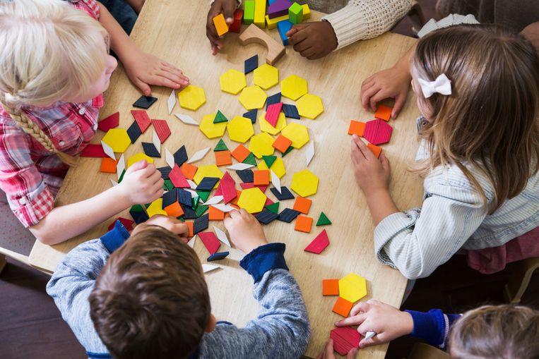 PRO wil dat stadsbestuur kinderopvang organiseert, meerderheid investeert extra in bestaande initiatieven in scholen.