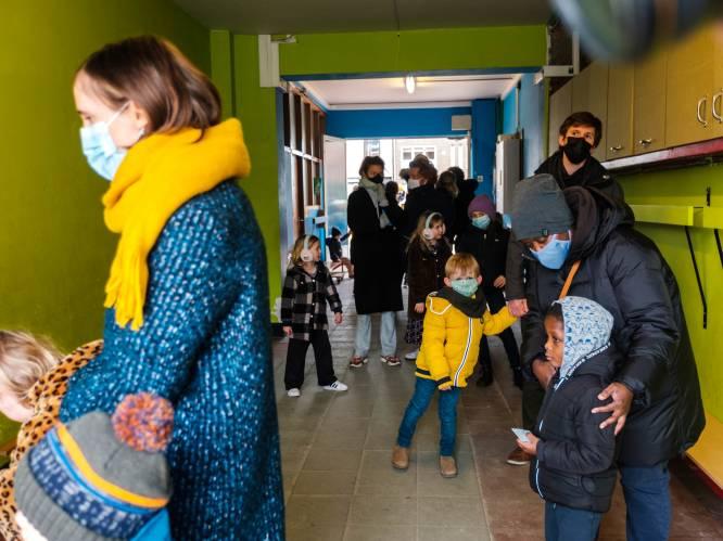 OVERZICHT. Week 'afkoelingsperiode' voor leerlingen van secundair onderwijs, geen algemene mondmaskerplicht op lagere school