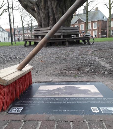 Attentietegels vormen nieuwe wandelroute langs elf monumenten in Hilvarenbeek