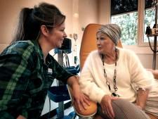 Ivonne zorgt voor mensen die niet meer beter worden: 'Ik kom heel dicht bij mensen'