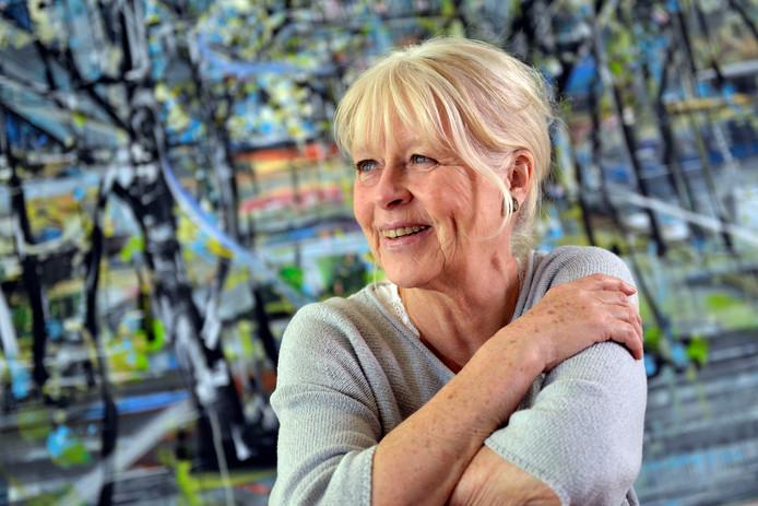 Schrijfster en journaliste Annegreet van Bergen schreef twee zeer populaire boeken over hoe welvarend Nederland is geworden: Gouden Jaren en Het Goede Leven.