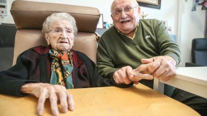 """Alma wordt morgen 101, haar man Noël 100: """"Het geheim van lange liefde? Elkaar gewoon 'geirn' zien"""""""