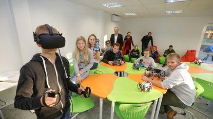3D-printer en VR-bril in klas van de toekomst