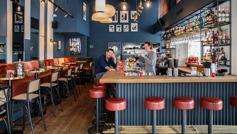 De Blauwe Draak.Cafe De Blauwe Draak Het Parool