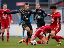 Overzicht | Pijnlijke nederlaag Kozakken Boys in Almere, galavoorstelling Nivo Sparta verpest