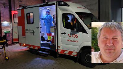 """Verzekering op komst voor vrijwilligers Rode Kruis die COVID-19-patiënten vervoeren: """"Geen bezoldiging en we draaien voor alle kosten op als we zelf besmet geraken"""""""