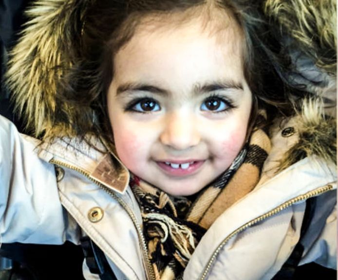 De ontvoerde Insiya is inmiddels zes jaar oud.