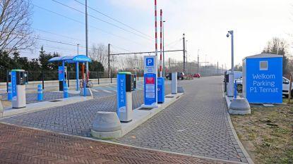 Enkel nog betalend parkeren aan station
